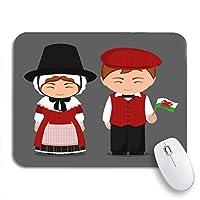 ECOMAOMI 可愛いマウスパッド ウェールズの民族衣装の旗の男性と女性の伝統的な滑り止めゴムバッキングコンピューターのマウスパッドのノートマウスマット