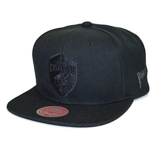 M&N Mitchell & Ness Snapback Cap Cleveland Cavaliers Black On Black