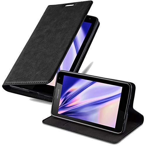 Cadorabo Hülle für Nokia Lumia 535 - Hülle in Nacht SCHWARZ – Handyhülle mit Magnetverschluss, Standfunktion und Kartenfach - Case Cover Schutzhülle Etui Tasche Book Klapp Style