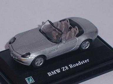 B-M-W Z8 Z 8 Cabrio Silber Cabrio Silver Vitrine Mit Sockel 1/72 Cararama Modellauto Modell Auto
