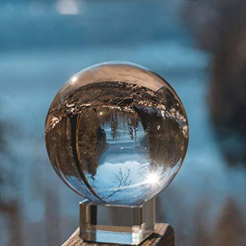 IZSUZEE K9 Kristallkugel Schneekugel Foto, 8cm Klarer Glaskugel Lensball Wahrsagerkugel mit Glas Ständer, Fotokugel für Büro Dekoration Fotografie Kugel Geburtstags Weihnachten Geschenk, MEHRWEG