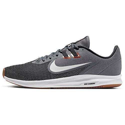 Nike Downshifter 9, Zapatillas para Correr Hombre, Smoke Grey/Photon Dust/Dk Smoke Grey/Mtlc Copper/Gum Med Brown/Particle Grey, 40 EU