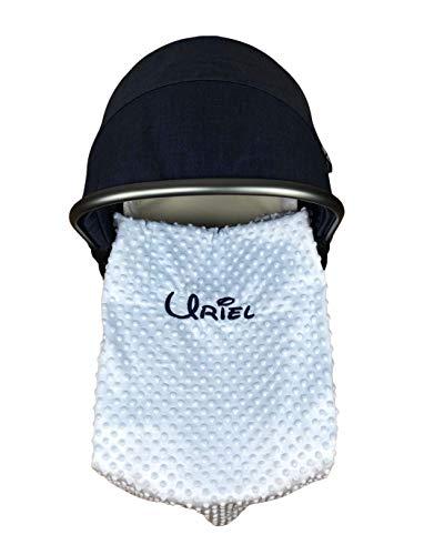 Danielstore- Manta Bordada Personalizada para Bebé Extrasuave con Reverso aterciopelado para Carrito Bebe-Capazo Regalo para Baby Shower(1,10 x 0,80 cm)