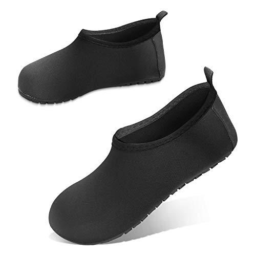 JOTO Zapatos de Agua para Niños Chicos, Zapatillas Acuáticas Secado Rápido Tipo Calcetines como Descalzado, Escarpines Deportivos para Paseo en Playa Buceo Snorkel Kayak Surf -Negro