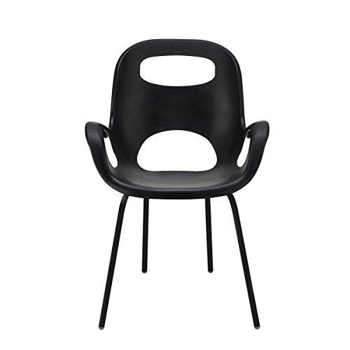 UMBRA Oh Chair. Chaise avec accoudoirs Oh Chair. Assise en polypropylène coloris noir, avec pieds en métal chromé coloris noir. Dimension 61x61x86.4cm