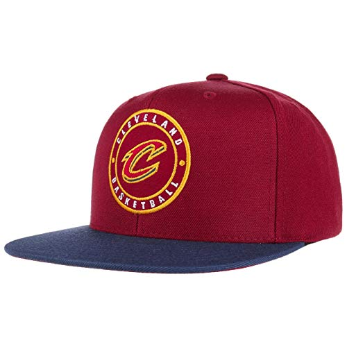 Mitchell & Ness Cleveland Cavaliers 2 Tone Circle Patch HUD055 Snapback Cap...