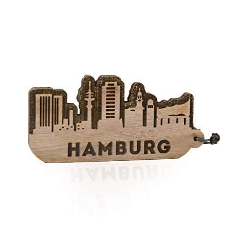GRAVURZEILE Schlüsselanhänger Hamburg Skyline aus Nussbaum Holz - Souvenir & Geschenk für Stadtverliebte