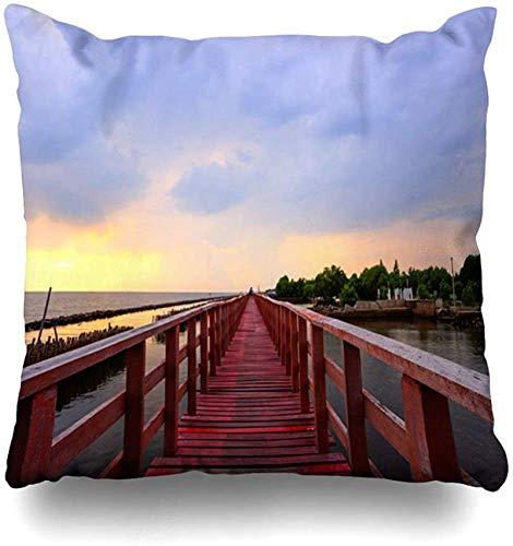 Throw Pillow Cover Seacoast Asia Sunset Red Wooden Bridge Near Sunbeam Matchanu Nature Bamboo Clouds Evening Shrine Funda de Almohada para el hogar Funda de Almohada con Cremallera cuad 16×16pulgada