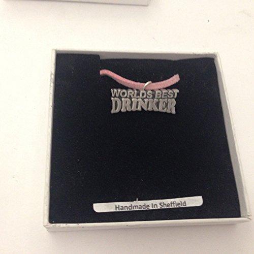 Worlds Best Drinker refC16 - Collar de peltre con cordón rosa (41 cm)