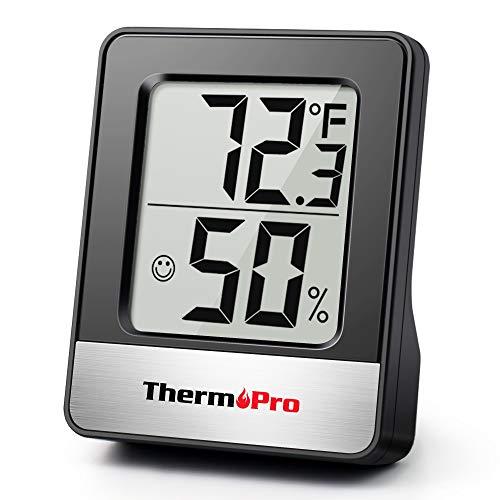 ThermoPro TP49 digitales Mini Thermo-Hygrometer Thermometer Hygrometer innen Temperatur und Luftfeuchtigkeitmessgerät mit Smiley-Indikator für Raumklimakontrolle, Schwarz