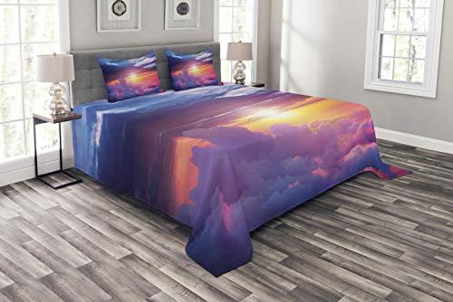 ABAKUHAUS Landschaft Tagesdecke Set, Sunset Himmel & Wolken, Set mit Kissenbezügen luftdurchlässig, für Doppelbetten 264 x 220 cm, Lila Gelb Blau