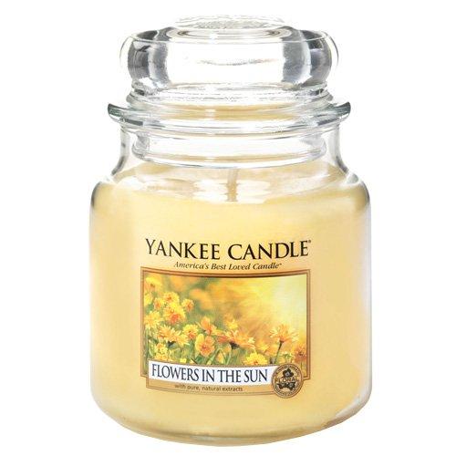 Yankee Candle - Vela perfumada en tarro, aroma de vainilla y lima, vidrio, Amarillo, Medium
