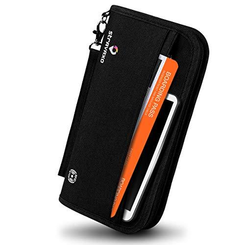 Stravaxo® Reisepasstasche – Passport Etui - Reisedokumententasche mit RFIDBlocker - Inkl. [2] Adressanhänger – Schwarze Ausweistasche [25x14x3,3] cm - Perfekter Reiseorganizer