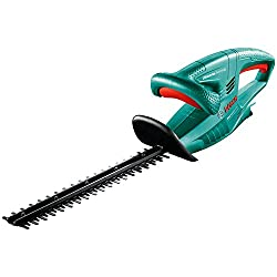 The EasyHedgeCut 12-35 cordless hedge trimmer for more mobility in your garden Ideal for young or small to medium hedges up to 1 m hedge height Uninterrupted work thanks to the electronic anti-lock system Can be used for up to 75 minutes and recharge...