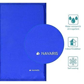 Navaris Tapis rafraîchissant Chien et Chat - Coussin 50x90 cm contrôle température Corps - Matelas Bleu foncé Refroidissement Chien Moyen ou Grand