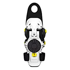 Adjustable range of motion Palm-free design Continuous Cable Routing System for correct support Tendon Back Plate provides progressive support without causing arm pump Ergonomic dial for a fast, comfortable fit