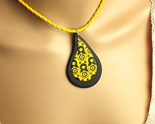 Surferkette Tropfen Anhänger schwarz gelb retro Muster Matroschkas Fimo Polymer Clay Kette Lederimitat geflochten Juvelato