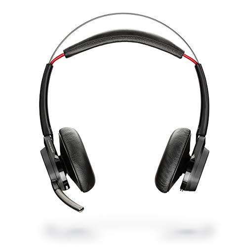 Plantronics headset on both ears with clip with charging station - Micr. Voyager Focus (B825-M)