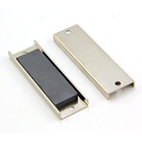 Magnet Expert 76 x 24 x 6.35 mm d'épaisseur (4 mm x trou) Ferrite canal Magnet - 10 kg de traction (Paquet de 10)