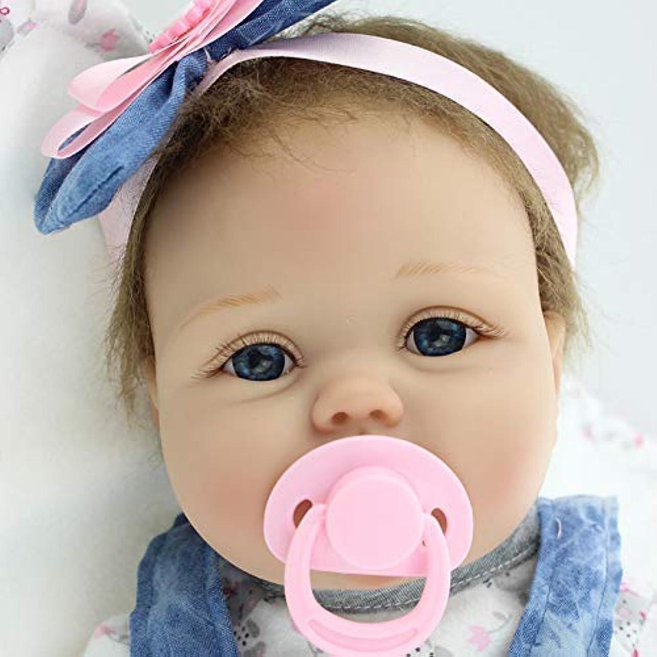 はさみ会員改善する手作り実生活かわいいデニムドレス瞳と21.6インチの柔らかいシリコーンビニール布ボディリボーン赤ちゃんの人形リアルな女の子のおもちゃクリスマスのギフトを開設します