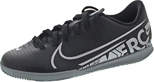 Nike Youth Mercurial Vapor 13 Indoor Soccer Shoes (Black, Numeric_5)