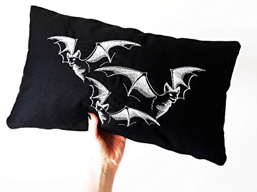 Vampir - Fledermaus Kissen 30 x 50 cm