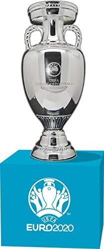 UEFA Euro 2020 EM-Pokal (70 mm) auf Holzpodest