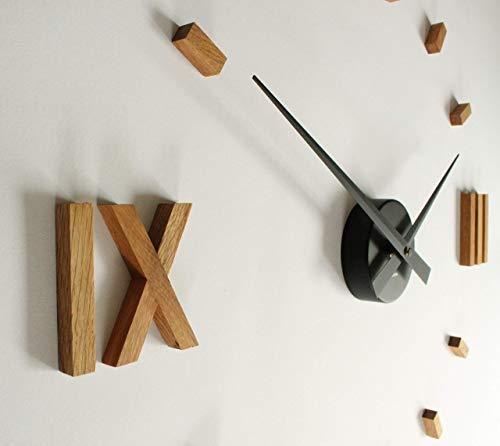 Kasper'o'clock - große Wanduhr aus Eichenholz