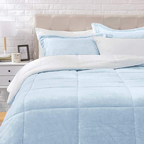 AmazonBasics Ultra-Soft Micromink Sherpa Comforter Bed Set, Full or Queen, Smoke Blue - 3-Piece