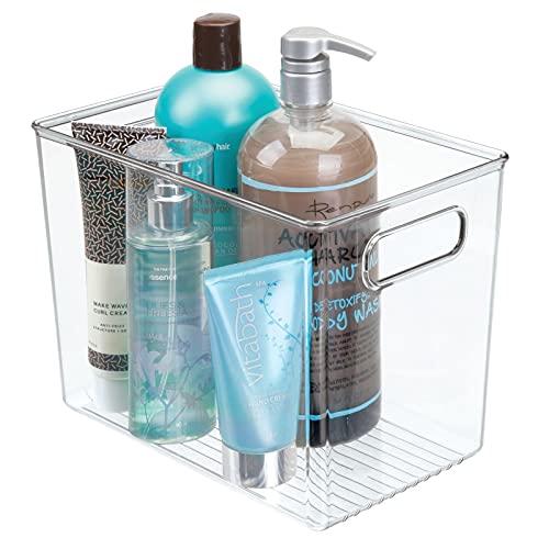 mDesign Caja de plástico con asas – Caja organizadora de plástico profunda para el lavabo, el armario o la estantería – Organizador de baño para el jabón, el champú, etc. – transparente