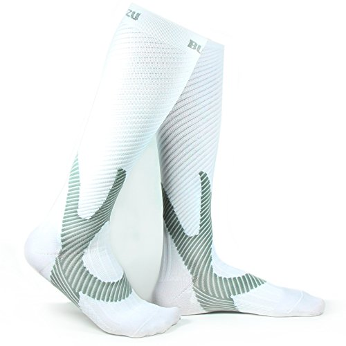 Blitzu Chaussettes de compression 20–30mmHg pour homme et femme meilleure Performance de...
