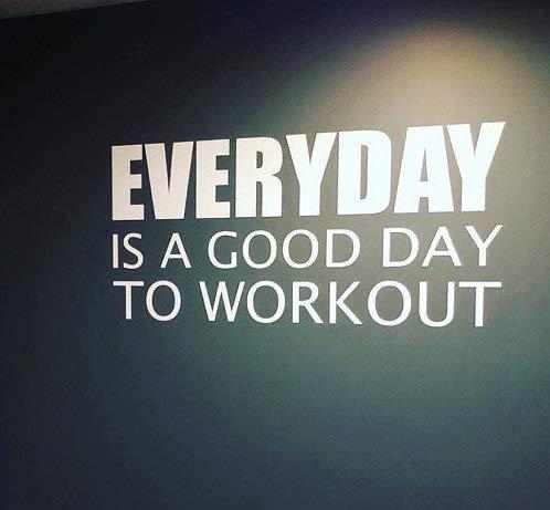 Autocollant mural pour salle de sport - Design studio de fitness - Idées de salle de sport - Everyday is a Good Day to Workout
