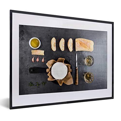 Knolling - verzameling van etenswaren met camembert en brood 30x20 cm - klein