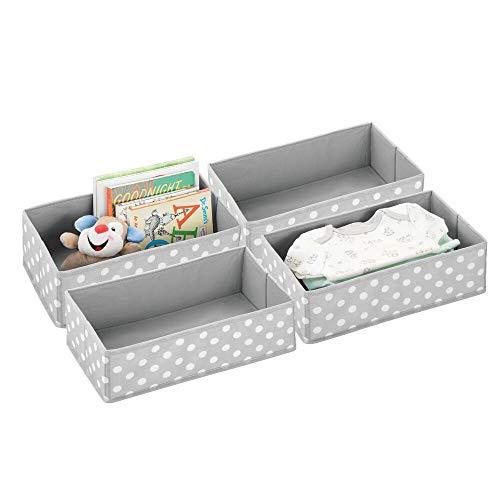 mDesign Juego de 4 cajas de almacenaje para habitaciones infantiles o baños – Cestas organizadoras en fibra sintética de lunares – Organizadores de armarios – gris claro/blanco