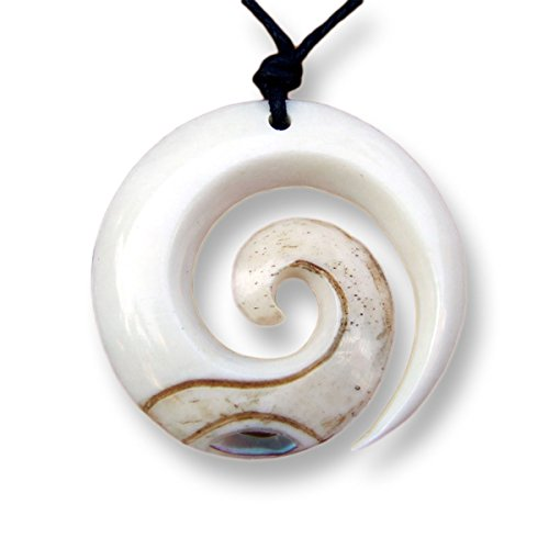 ISLAND PIERCINGS Handgefertigter Amulett Anhänger Spirale im Maori Koru Design inkl. Band PB144