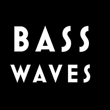 Basswaves (feat. Mad am I)