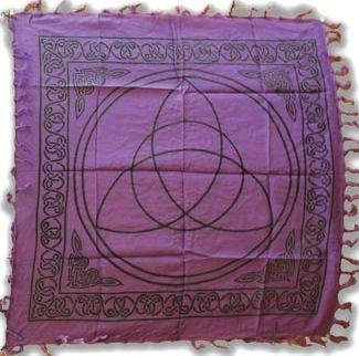 Triquetra Charmed Altar Cloth - 36' x 36'