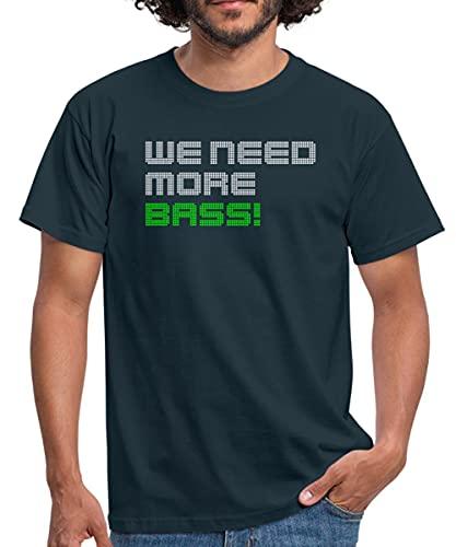 Musik We Need More Bass Männer T-Shirt, 4XL, Navy