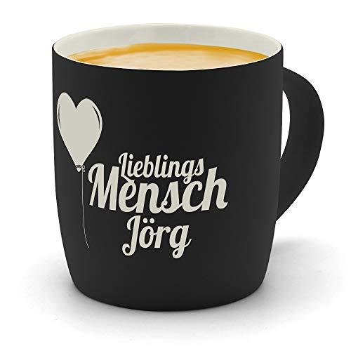 printplanet - Kaffeebecher mit Namen Jörg graviert - SoftTouch Tasse mit Gravur Design Lieblingsmensch - Matt-gummierte Oberfläche - Farbe Schwarz