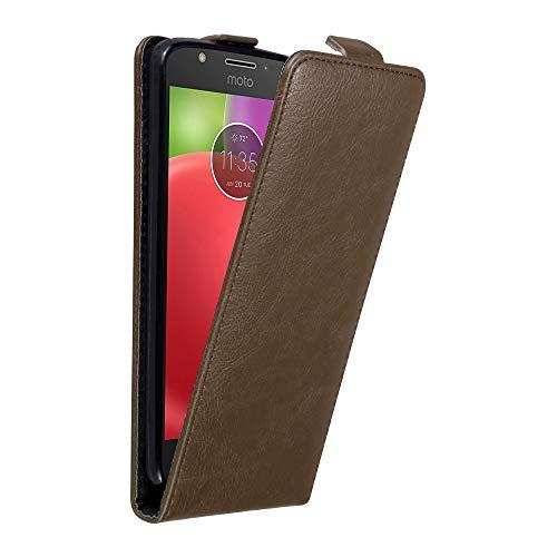 Cadorabo Hülle für Motorola Moto E4 in Kaffee BRAUN - Handyhülle im Flip Design mit unsichtbarem Magnetverschluss - Hülle Cover Schutzhülle Etui Tasche Book Klapp Style