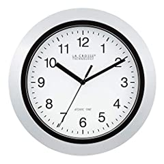 Atomic Time with Manual Setting Automatically Sets to Exact Time Accurate to the Second Automatically Updates for Daylight Saving Time (On/Off Option) 4 USA Time Zone Settings Simple Operation: Insert 1 AA Alkaline Battery For precise time in the hom...