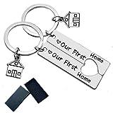 Feelairy 2 Stück Neues Zuhause Schlüsselanhänger, Our Frist Home Schlüsselanhänger Liebe Schmuck Schlüsselringe, Erstes Zuhause Einweihungsgeschenk für Neue Hausbesitzerin Ehefrau Ehemann Liebhaber