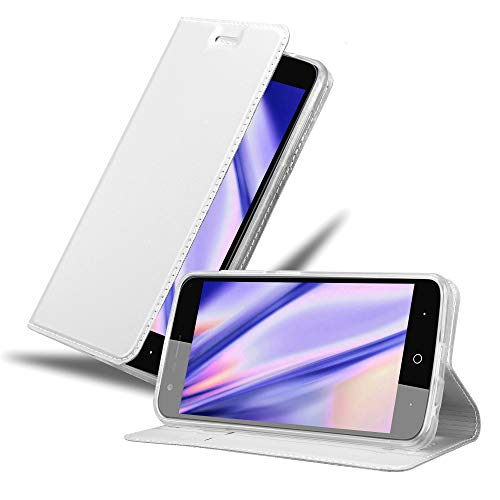 Cadorabo Hülle für ZTE Blade V8 Mini in Classy Silber - Handyhülle mit Magnetverschluss, Standfunktion & Kartenfach - Hülle Cover Schutzhülle Etui Tasche Book Klapp Style