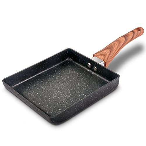 IAXSEE Tamagoyaki Japanese Omelette Egg Pan, Japanese Style Nonstick Skillet Rectangular Frying Pan with Anti Scalding Handle, Stove and Induction Hob Compatible (Black)
