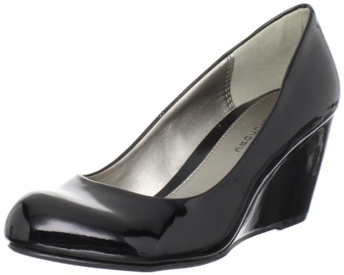 Cl by Chinese Laundry Women's Nima Wedge Pump, Black Patent, 8 M US