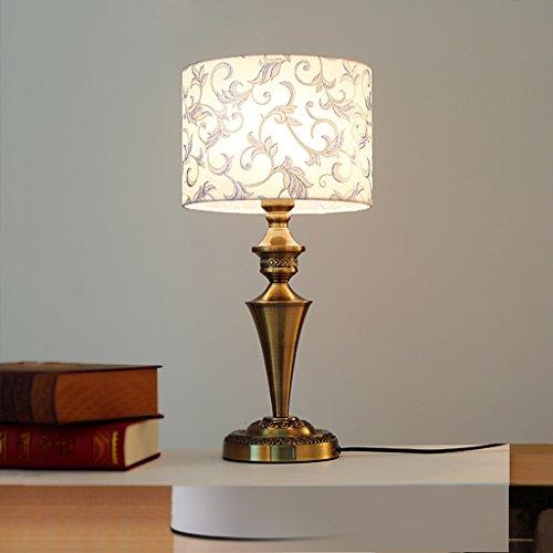 Bonne chose lampe de table Lampe de chevet Creative Fashion Modern Minimaliste Décoration chaleureuse Salon de cuivre américain Petite lampe de table