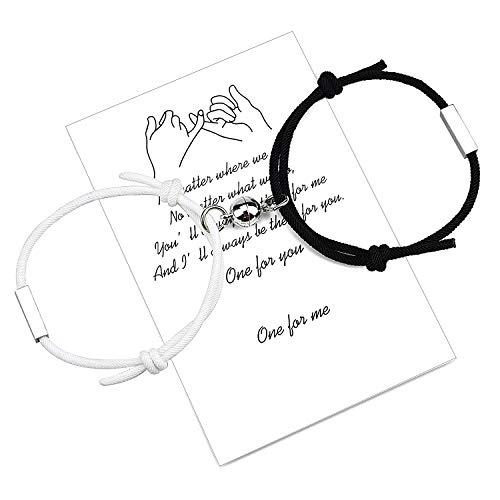 Personalice 2 juegos de pulseras magnéticas de atracción mutua con barra grabada en 4 lados, el mejor regalo para parejas a juego para mujeres y hombres (Black-White)