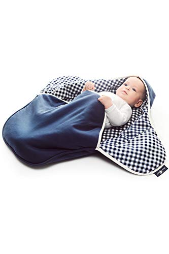 Wallaboo Einschlagdecke Coco, Universal für Babyschale, Autositz, zB. Für Maxi-Cosi, Römer, für Kinderwagen, Buggy oder Babybett, 100% Baumwolle, 90 x 70 cm, Farbe: Blau Kariert