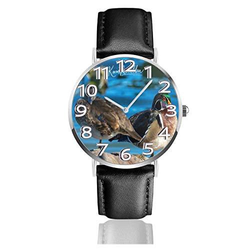 Männliche und weibliche Holzenten (2) Lederuhr Unisex Fashion Armbanduhren Scratch Resist Watch Durable Wear Watches