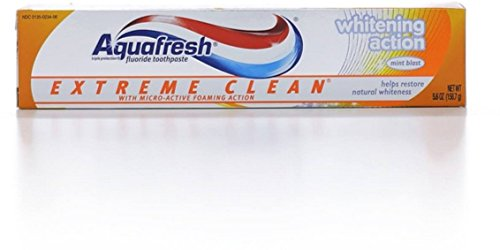 Aquafresh Extreme Clean Fluoride Toothpaste, Whitening Action 5.60 oz (Pack of 6)